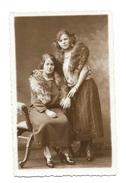 Mode Année 30 - Femme - Couple De Femmes - Etole Fourrure  - Superbe Carte Photo Adam Colmar - Mode