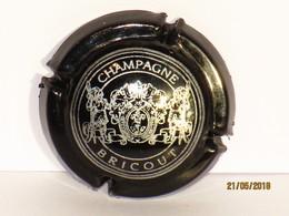 Capsules Ou Plaques De Muselet CHAMPAGNE BRICOUT NOIR Et ARGENT - Collections