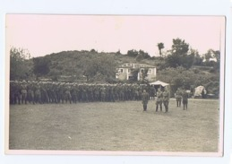 ALBANIA - ITALIAN OCCUPATION - PLATOON OF SOLDIERS / QUARTIER GENERALE - RPPC POSTCARD 1940s (BG3282) - Army & War