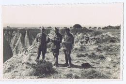 ALBANIA - ITALIAN OCCUPATION - OFFICERS -  RPPC POSTCARD 1940s (BG3281) - Unclassified