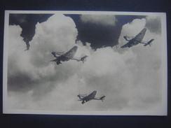 AVION Aviation Vliegtuig Luchtvaart Plane : Eine Kette Junkers-Ju 87 Sturzkampfflugzeug Stuka - Parachutisme
