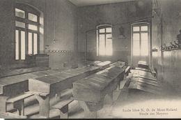 CPA  Dole - Ecole Libre N.D. De Mont Roland - Etude Des Moyens -  Circulée - Dole