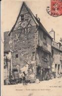 Dep  58 - Nevers - Vieille Maison Rue Saint Genest  -  Carte à 0.90 Euro - Nevers