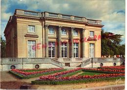 78 - CHATEAU DE VERSAILLES - PETIT TRIANON  FACADE SUR LE JARDIN FRANCAIS - Versailles (Château)