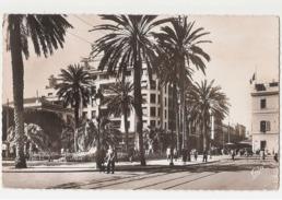 TUNISIA - TUNIS - PLACE DE LA RESIDENCE ET LA NATIONALE - 1950s ( 629 ) - Tunisia