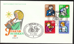 Germany Berlin 1974 / Youth Stamps / Camera, Music, Violin, Running, Medicine Health / Jugendmarken - Childhood & Youth