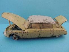 Dinky-Toys : Citroén DS19 Rare Avec Son Capot Et Son Coffre