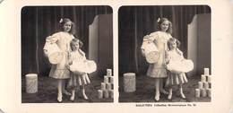 Collection Stéréoscopique GALACTINA N°34 /photos Stéréoscopiques NPG 1906  Enfants Fillettes Boite Lait Alpes Suisses - Stereoscopic