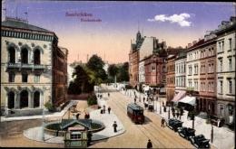 Cp Saarbrücken A.d. Saar, Die Reichsstraße Mit Straßenbahn Und Geschäften - Germany