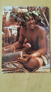 TAHITI JEUNE HOMME DE BORA-BORA Carte Postale Neuve Années 70 Très Bon état Dos Partagé - Polynésie Française