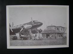 COPY OF A PHOTO OF THE SAO JOAO AIRPORT (CURRENT SALGADO FILHO) IN PORTO ALEGRE (BRAZIL) WITH AIRPLANE CONDOR - 1946-....: Ere Moderne