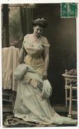 Strip Tease Femme Se Deshabillant Couleur  Sigle Souris B. 243 - Fine Nudes (adults < 1960)