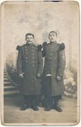 FONTEVRAULT - Carte Photo Militaire - 2 Soldats Du 77°- Carte En état Médiocre - Otros Municipios