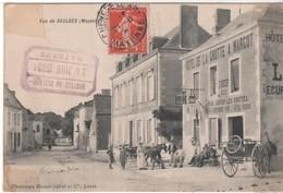CPA 53 - Vue De SAULGES  -  Peu Courante Avec L'hôtel De La Grotte Et Les Calèches - France