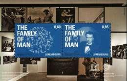 """Luxembourg Bloc-Feuillet (0,60euro+0,85euro) : Héritage Mondial De L´Unesco """"THE FAMILY OF MAN""""  2013"""
