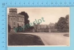 London England - Windsor Castle Royal Entrance ,  Vintage Ancienne   - 2 Scans
