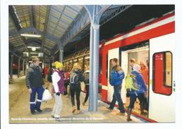 Chamonix Mont Blanc - 74 - Intérieur Gare Chamonix  Avec Train  Ligne SNCF  St Gervais Martigny  - Cpm 2015 édition XXL - Chamonix-Mont-Blanc