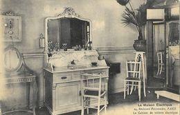 Collection De La Maison Electrique: Le Cabinet De Toilette électrique - Carte Non Circulée - Bourses & Salons De Collections
