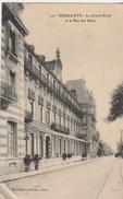 CPA Houlgate Le Grand Hotel Et La Rue Des Bains - Houlgate
