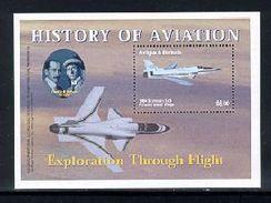 ANTIGUA  & BARBUDA  2692 MINT NEVER HINGED SOUVENIR SHEET HISTORY OF AVIATION   ( - Vliegtuigen