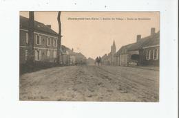 PIERREPONT SUR AVRE ENTREE DU VILLAGE ROUTE DE MONTDIDIER (ATTELAGE) 1916 - France