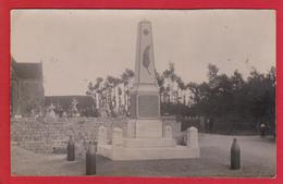 Néville. Carte-photo. Monument Aux Morts. - France