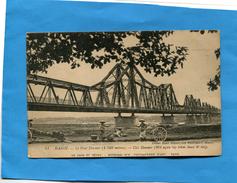 INDOCHINE-HANOÏ- Pont Doumer -animée Pousse Pousse - Porteuse De Légumes-édition Tétard Années 1900 - Viêt-Nam