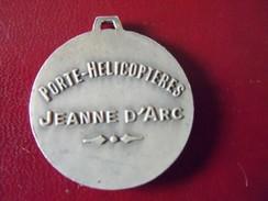 Ancien Insigne Porte Hélicopteres Jeanne D'Arc. - Marine