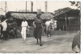 CPSM - CAMEROUN - DOUALA - MARCHE DU PORT - Edition La Carrte Africaine - Camerun