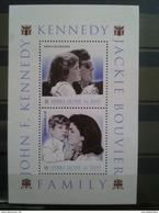 JOHN F. KENNEDY/KENNEDY FAMILY BLOC SIERRA LEONE  NEUF** DEPART 1 EURO