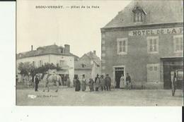 Brou-Vernet  03    Hotel De La Paix -Place Tres Animée Et En Face Café - France