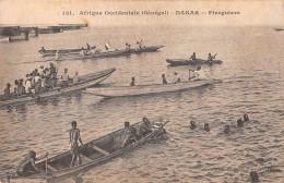 """06610 """"AFRIQUE OCCIDENTALE - SENEGAL - DAKAR - PIROGUIERS"""" ANIMATA. CART. ILL. ORIG. NON SPED. - Senegal"""