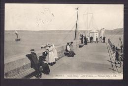 CPA ROYAUME-UNI - JERSEY - SAINT-HELIER - Jetée Victoria - Victoria Jetty - TB Vue Et ANIMATION - Jersey