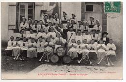 """"""" PLONEVEZ Du FAOU - Scola Et CLIQUE """" 1911 - TRES RARE ! Groupe De Jeunes Musiciens - Circulé Vers LESNEVEN - Plonevez-du-Faou"""