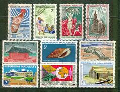 Hydrologie, Habitat, Danse, Agriculture - MADAGASCAR - Temple, Coquillage, Savonnerie, Usine, Commerce - 1971 - Madagaskar (1960-...)