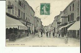 Marans  17   La Rue D'Aligre  Tres Tres Animée_Magasin Velos-Autos Et Café-Restaurant Et Epicerie - Frankreich