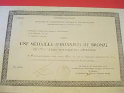 Diplôme/Médaille Honneur Bronze/Minis.de L'Instr. Publique Et Des Beaux-Arts/Ed.Physique/ KREISER/Sarcelles/1930  DIP156 - Diplomi E Pagelle