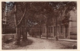 CPA - 11- GINESTAS - Ecole Des Filles - Autres Communes