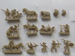 Figurines Monochromes David Crockett Ho 1/72, Indien, Scènes De Vies Chevaux 14 Pièces - Beeldjes