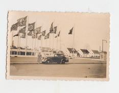 Düsseldorf - Exposition During World War 2 - Nazi Flags - War, Military