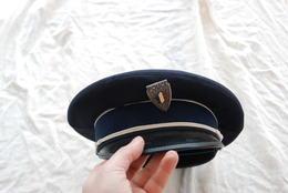 CASQUETTE DE POLICIER FRANCAIS GARDIEN DE LA PAIX - Headpieces, Headdresses