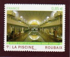 467 - 4453 De 2010 - Neuf ** -  Adhésif  - ROUBAIX . La Piscine -   Emis En Feuille De 30 Timbres - Adhesive Stamps