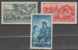 ROMANIA - 1951 Young Pioneers. Scott 777-779. Mint