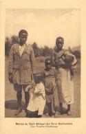 AFRIQUE  MALAWI  MISSION DU SHIRE DES PERES MONTFORTAINS  UNE FAMILLE CHRETIENNE - Malawi