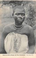 AFRIQUE  MALAWI  MISSION DU SHIRE DES PERES MONTFORTAINS  UNE JEUNE FILLE - Malawi