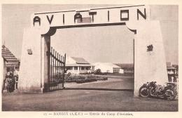 REPUBLIQUE CENTRAFRICAINE   BANGUI  ENTREE DU CAMP D'AVIATION  MOTO - República Centroafricana