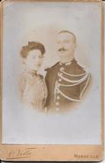 13 MARSEILLE  1897  Gendarme Et Son Épouse D'après L. Volle - Anciennes (Av. 1900)
