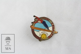 Old Spanish La Molina Ski Jumping Badge - Pin