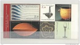 2000 MNH  Booklet, Finland, MH 61, Postfris**