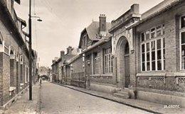 80  HAM ( Somme)        Les Ecoles (Rue De Sorigny ) - Ham
